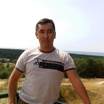 Виталий, 35, Surgut, Russian Federation