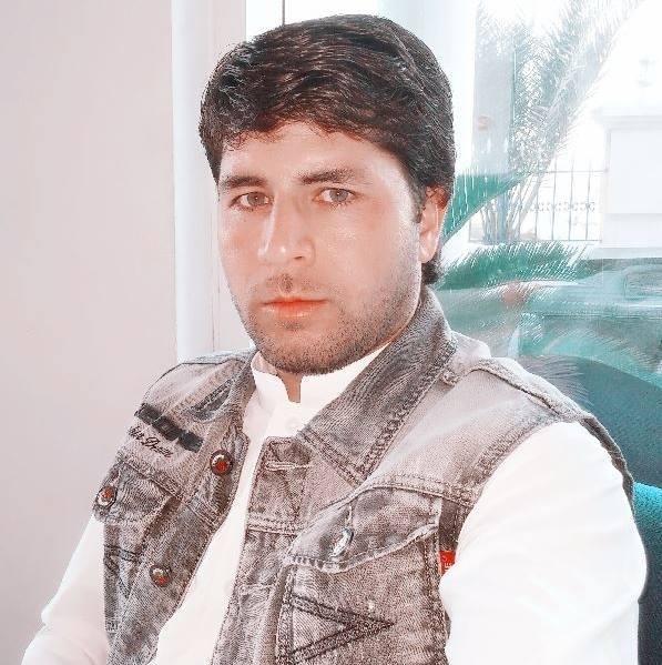 Attaullah khan, 36, Dubai, United Arab Emirates
