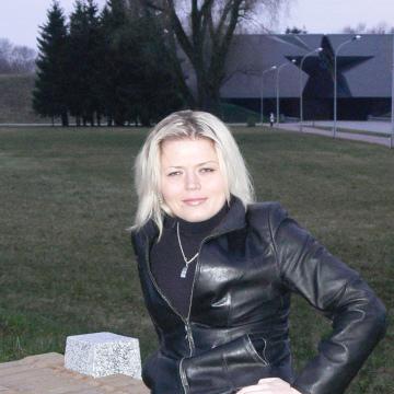 Ольга, 40, Brest, Belarus