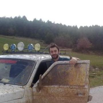 Ferhat Kaan SAVAŞ, 32, Istanbul, Turkey
