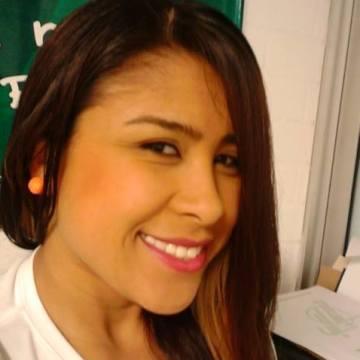 Mildrelly Pineda, 29, Medellin, Colombia