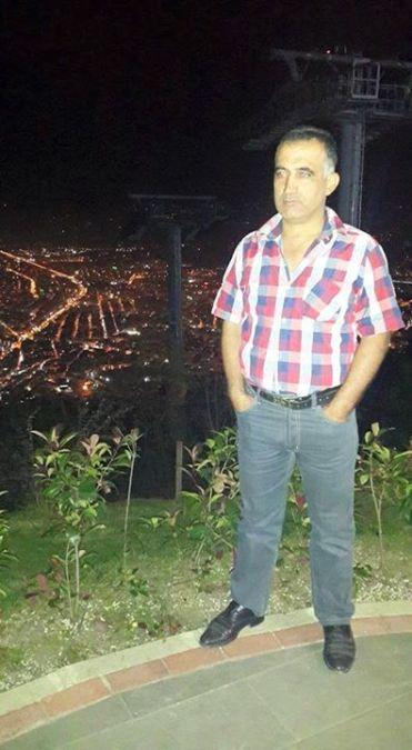 Yüksel Er, 47, Izmir, Turkey