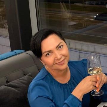 Mila, 49, Saint Petersburg, Russia