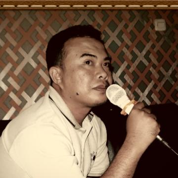 Fonny Kurnia Utama, 41, Padang, Indonesia