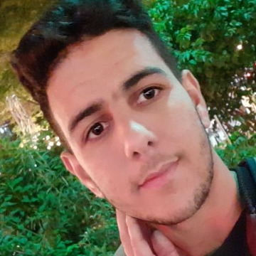 Oussama, 21, Montreal, Canada