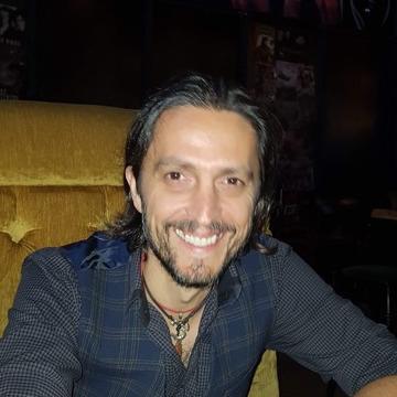 Eduard, 44, Montreal, Canada