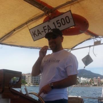 Levent, 36, Izmir, Turkey