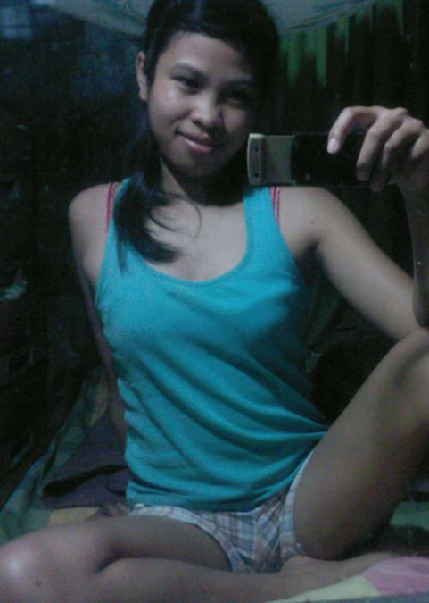 Rochelle Umali, 30, Batangas, Philippines