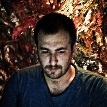 Erce Aydın, 30, Istanbul, Turkey