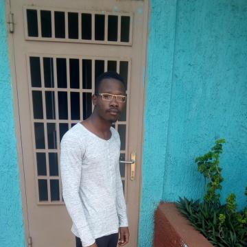 Boubacar sow, 23, Conakry, Guinea