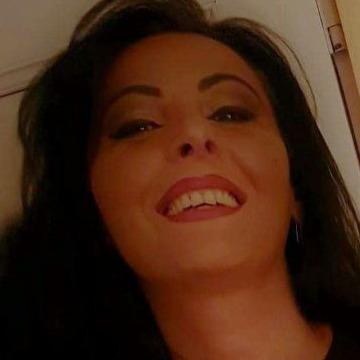 Nina, 39, Tbilisi, Georgia