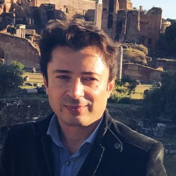 Cihan, 30, Istanbul, Turkey