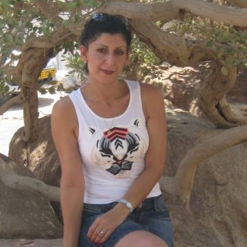 Raella, 45, Tel Aviv, Israel