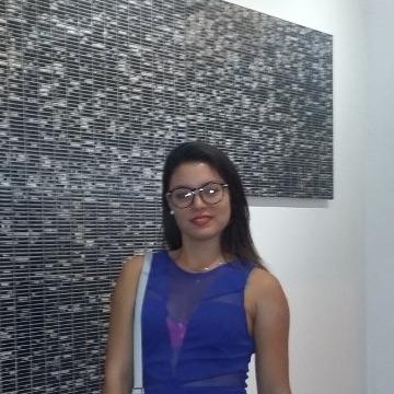 Giselle González, 24, Cali, Colombia