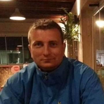 Nermin, 40, Mostar, Bosnia and Herzegovina