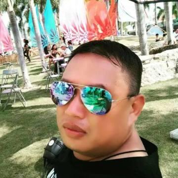 Wira Yahya, 36, Langkawi, Malaysia