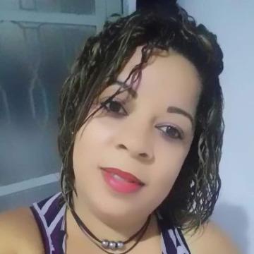 Rose Oliveira, 34, Candeias, Brazil