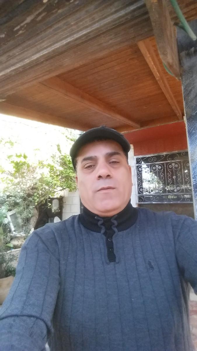 salh, 54, Ramat Gan, Israel