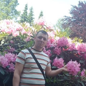 Emil Uscatu, 27, Kishinev, Moldova