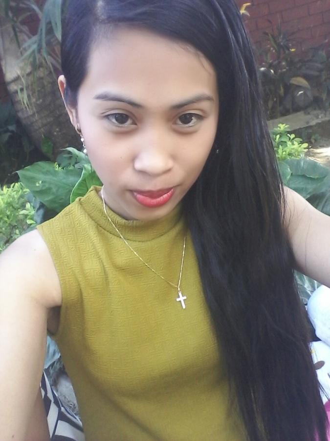 Rose Gocela, 31, Bacoor City, Philippines