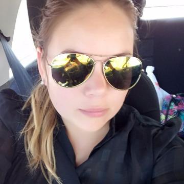 Ester, 34, Santiago, Chile