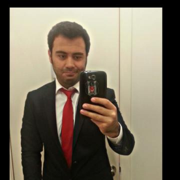Yalcin, 32, Istanbul, Turkey