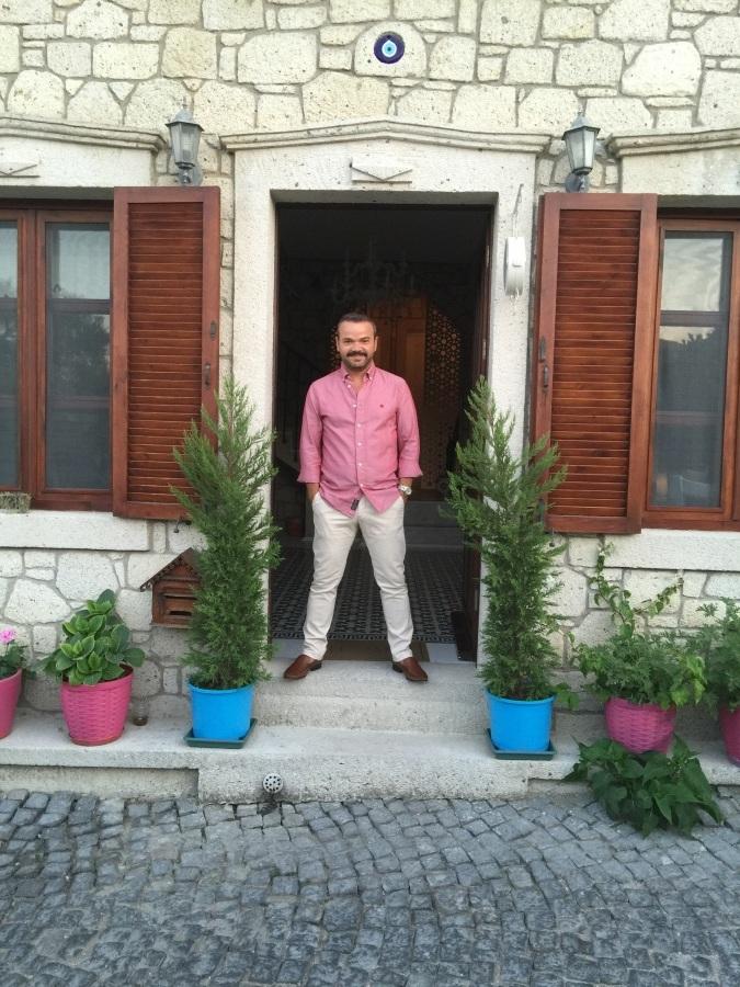 Yusuf Akkin, 40, Antalya, Turkey
