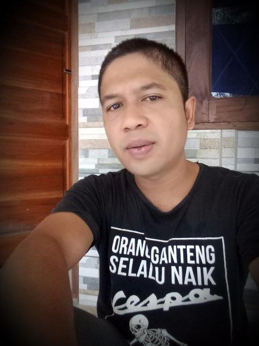 andi, 36, Jakarta, Indonesia