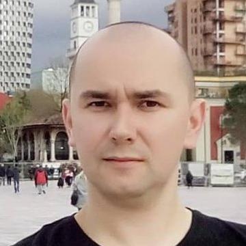 Andrei Domiciuc (FB), 33, Lviv, Ukraine