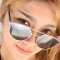 Lovie Torr, 25, Manila, Philippines
