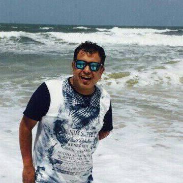 avinaash, 40, Mumbai, India