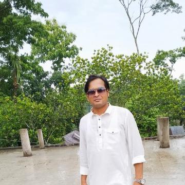 Jubayer, 30, Dhaka, Bangladesh