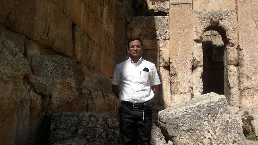 ANDERSON, 39, Doha, Qatar