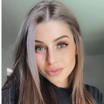 Melissa, 22, Istanbul, Turkey