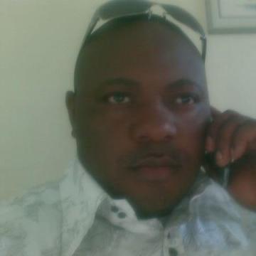 Johnson kojo, 48, Accra, Ghana