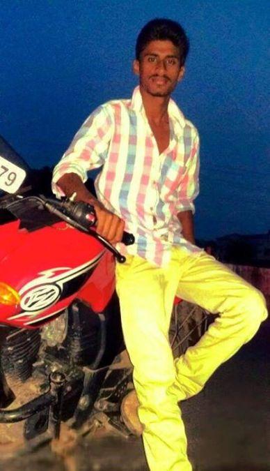 sailoukic, 25, Ongole, India