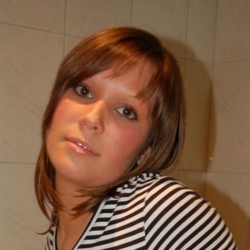 Melinda, 33, Fontana, United States