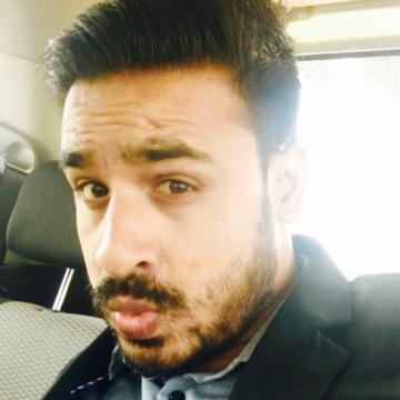Dhananjay pandey, 33, Mumbai, India
