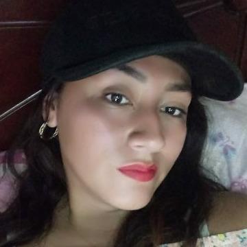 Denisse Crisanto, 25, Piura, Peru