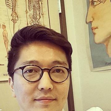 Kim, 31, Beijing, China