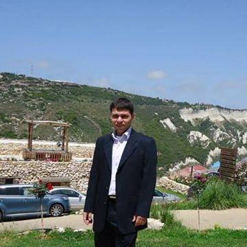 Mike Berchan, 39, Beirut, Lebanon