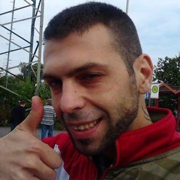 Chris Dasde, 41, Wuppertal, Germany