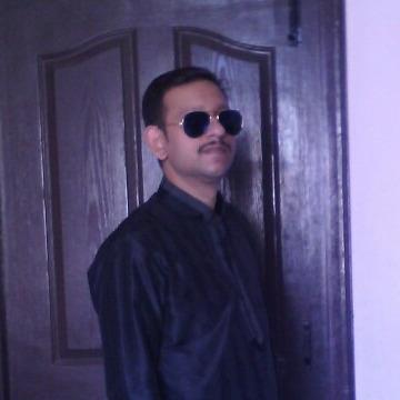 Ashwani, 41, Ottawa, Canada