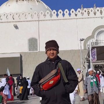 Areif zaen, 23,