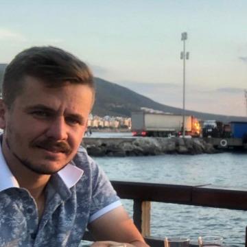 İsmail, 27, Balikesir, Turkey