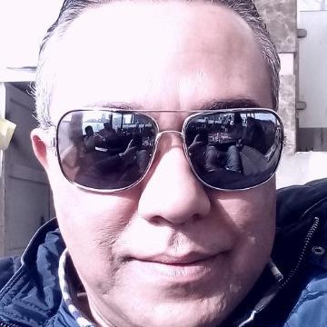 Mohamed, 44, Kuwait City, Kuwait