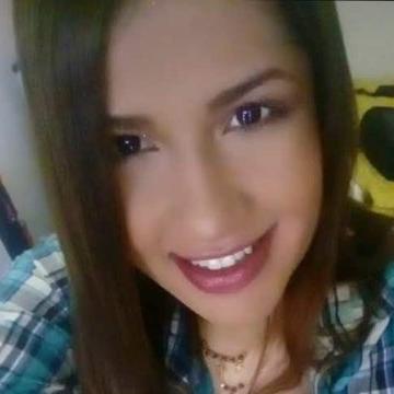 Yuray, 28, Medellin, Colombia