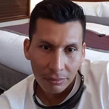 Juan, 33, Bogota, Colombia