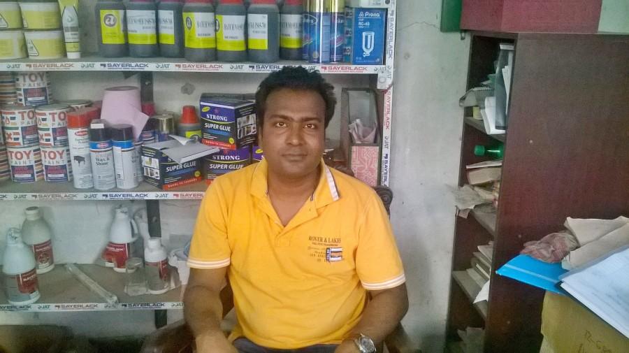 sagar, 37, Dhaka, Bangladesh
