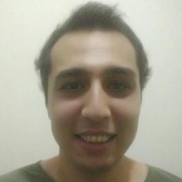 Kayra Çalışkan, 27, Istanbul, Turkey